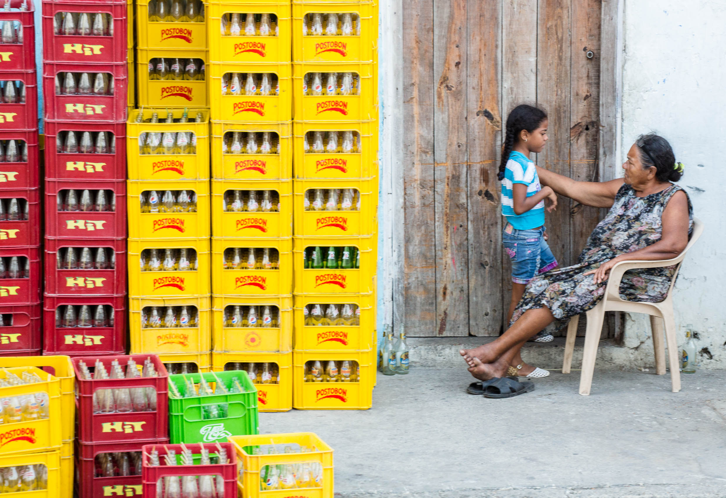 Colombia-Cartagena-Getsemani-Yellow-Crates