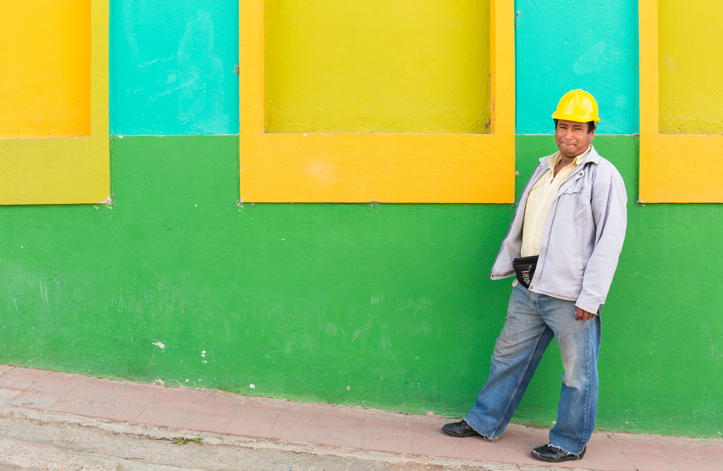 Colombia-Villa-de-Leyva-Yellow-Construction-Helmet
