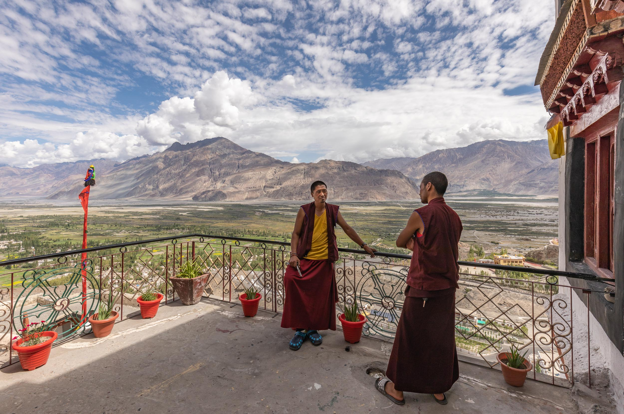 India-Ladakh-Nubra-Valley-Monks-Porch